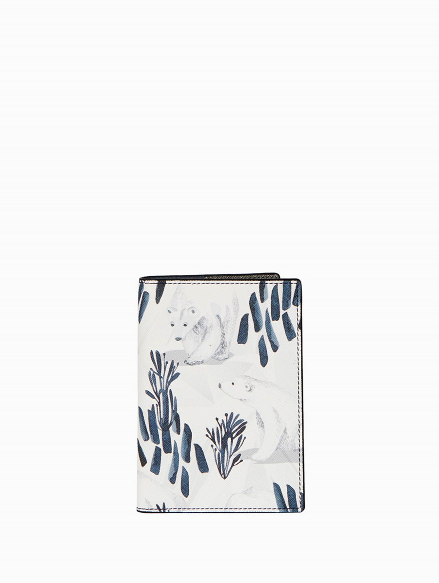Fonfique Gemma Passport Cover Polar Bear