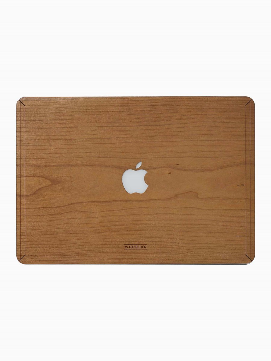 Woodern Cherry MacBook Cover